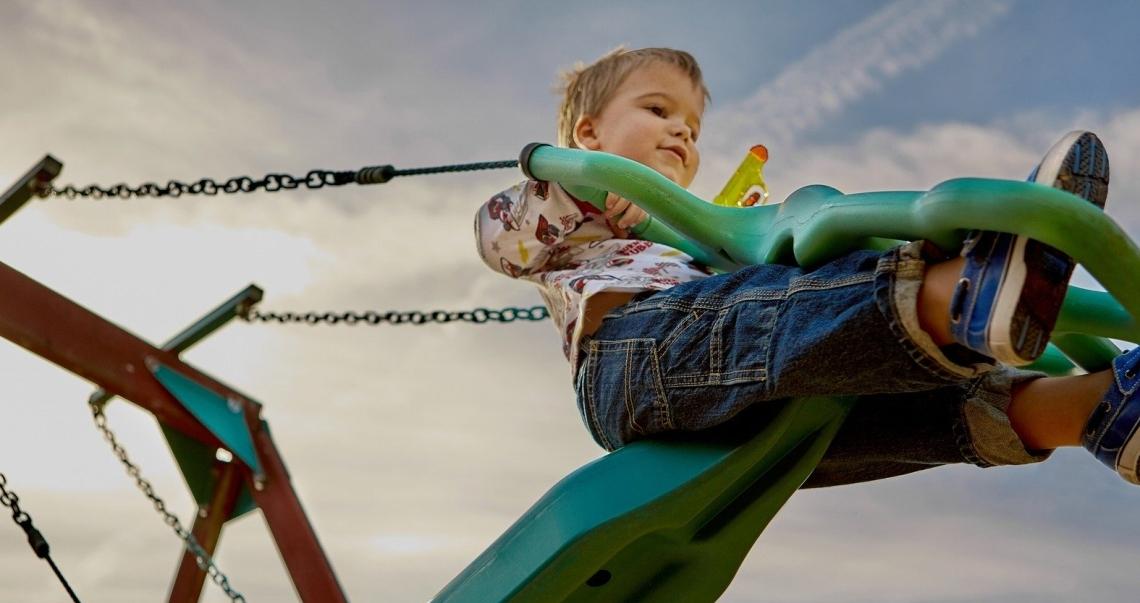 playground-691129_1920